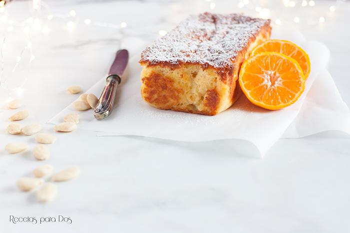 Bizcocho de almendra y mandarina